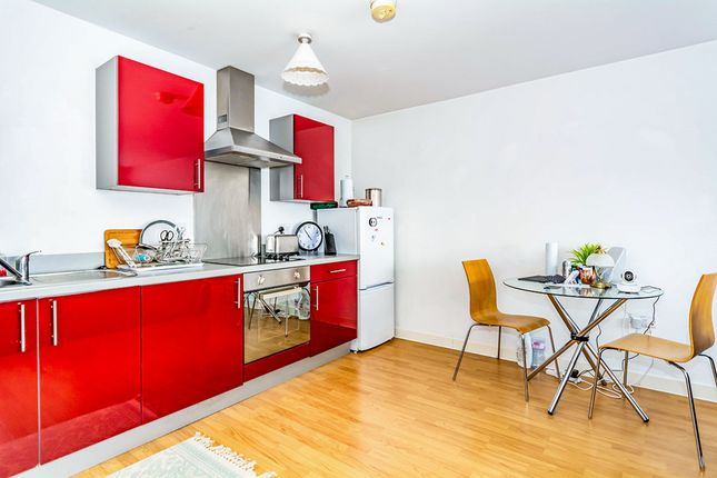 Kitchen Area of Ladywell Point, Pilgrims Way, Salford M50