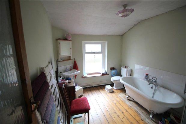Bathroom of Railway Road, Chorley PR6