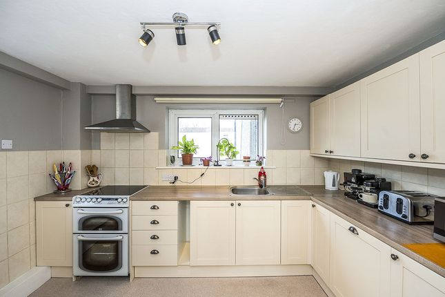 Thumbnail Flat for sale in Flordon, Skelmersdale