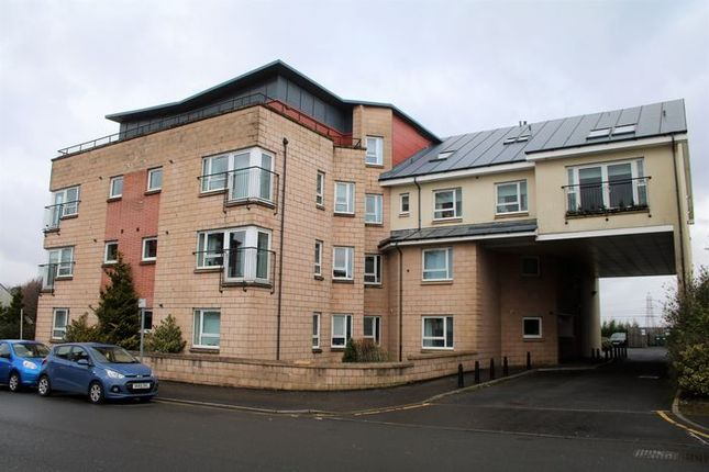 2 bed flat for sale in Main Road, Elderslie, Johnstone, Renfrewshire