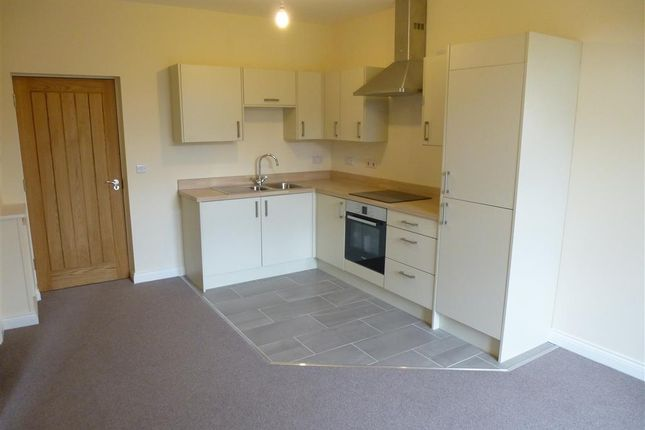 Thumbnail Flat to rent in Devonshire Drive, Eastwood, Nottingham