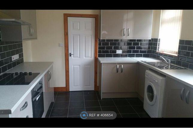 Thumbnail Flat to rent in Kirkstall Avenue, Leeds