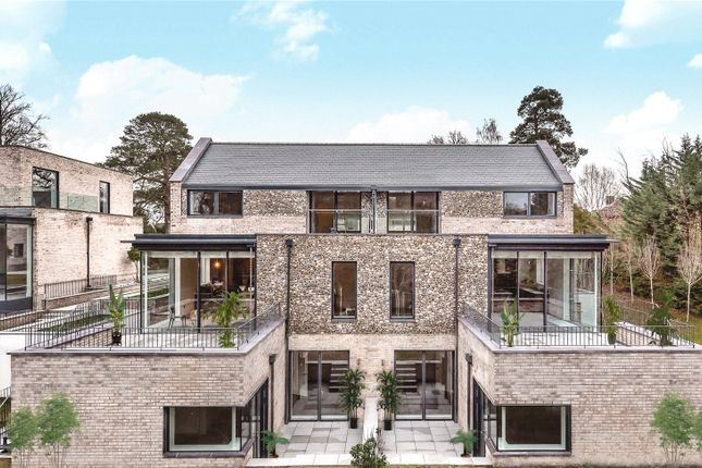 Thumbnail Mews house for sale in Ravensbourne, Westerham Road, Keston