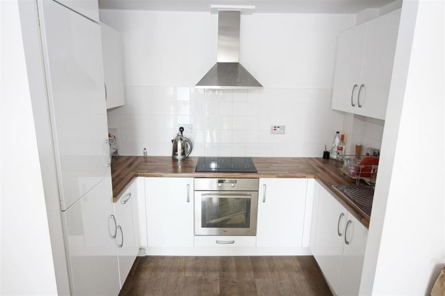 Thumbnail Property for sale in Greatorex Street, London