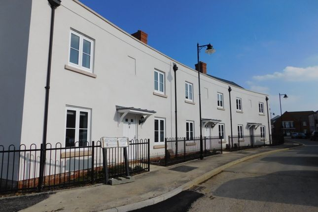 Thumbnail End terrace house to rent in Orchard Mead, Waterlooville