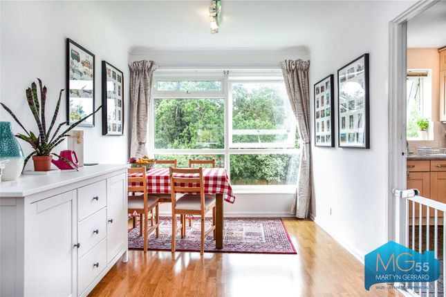 Picture No. 23 of Heath View, East Finchley, London N2