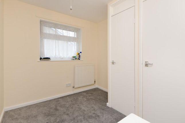 Bedroom of Luddenham Close, Ashford TN23