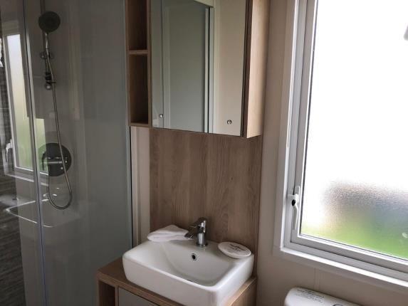 Bathroom of London Road, Clacton On Sea, Essex CO16