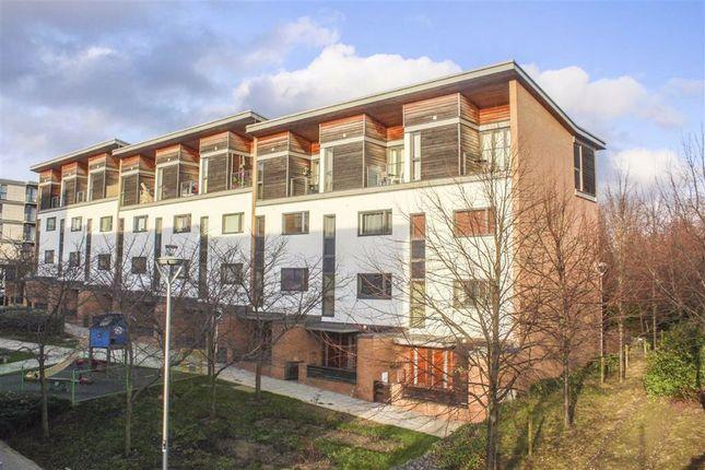Thumbnail Flat to rent in Petersfield Green, Central Milton Keynes, Milton Keynes, Buckinghamshire