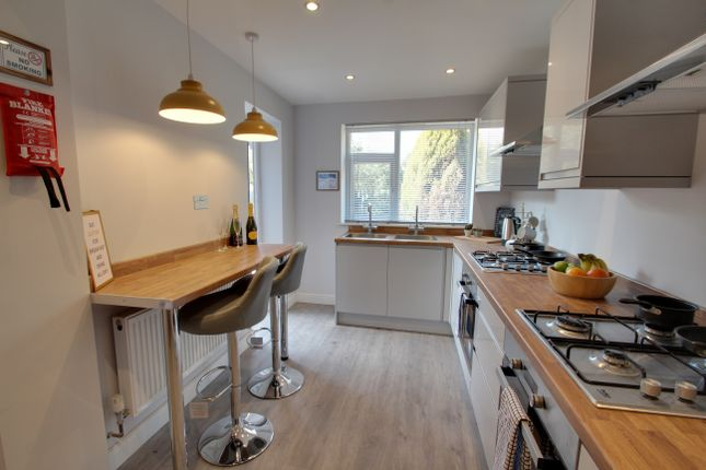 Thumbnail Shared accommodation to rent in Westover Road, Leicester