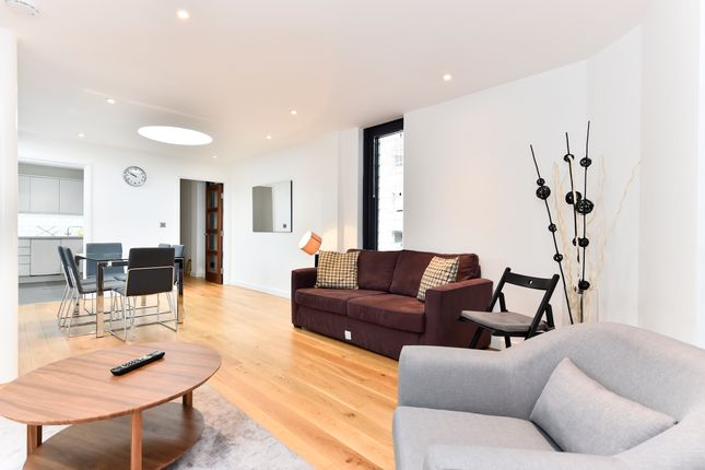 Thumbnail Flat to rent in Crosby Row, London