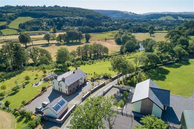 Thumbnail Farm for sale in Pumpsaint, Llanwrda