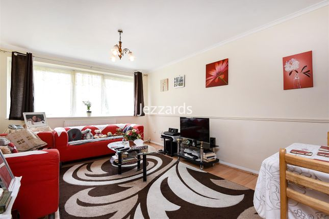 Thumbnail Flat for sale in The Dell, Feltham
