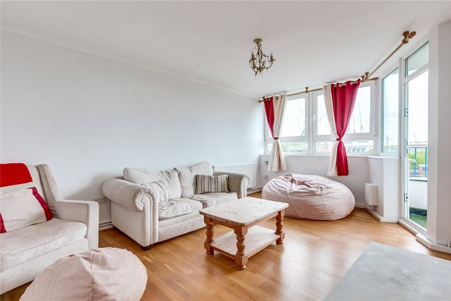 Thumbnail Flat for sale in Wandon Road, Fulham, London