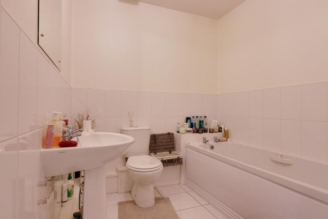 Bathroom of Broom Mills Road, Farsley, Pudsey LS28