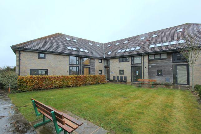 Thumbnail Flat to rent in High Street, Marshfield, Chippenham
