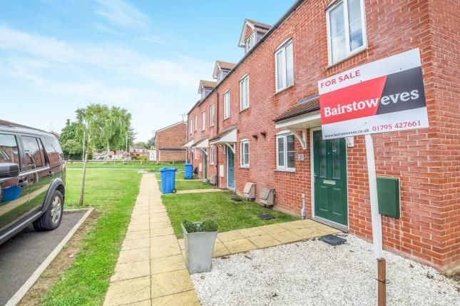 Thumbnail End terrace house for sale in Standen Grove, Great Easthall, Sittingbourne, Kent