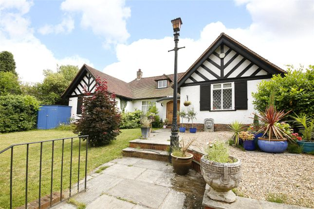 Thumbnail Bungalow for sale in Addiscombe Road, Croydon