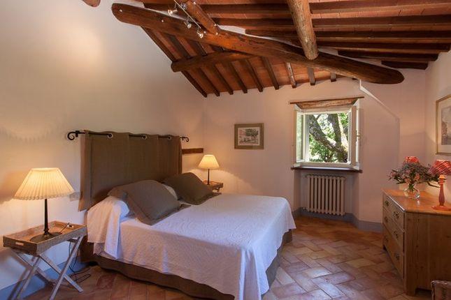 Bedroom Mill of Casa Molino, Anghiari, Tuscany