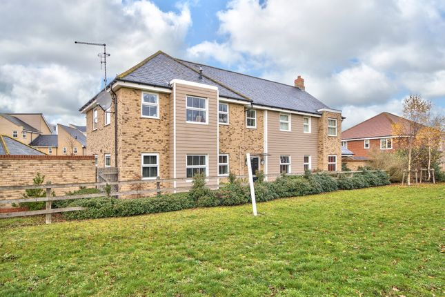 Thumbnail Flat for sale in Stonehill, St Neots