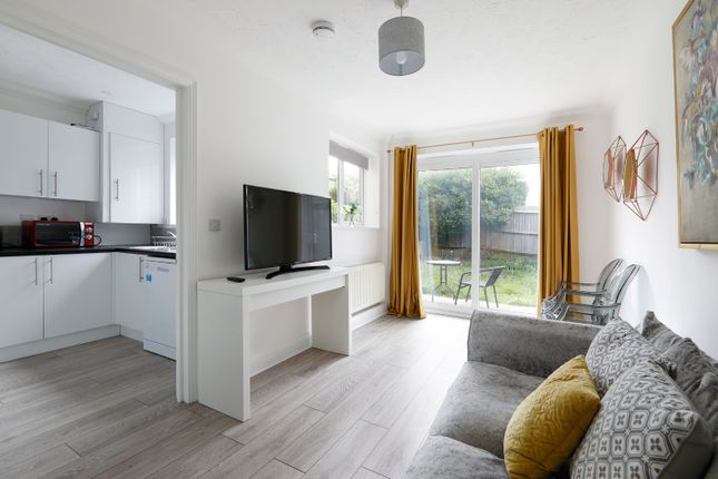 Serviced shared accommodation to rent in Bristol Rise, Bowring Way, Brighton BN2