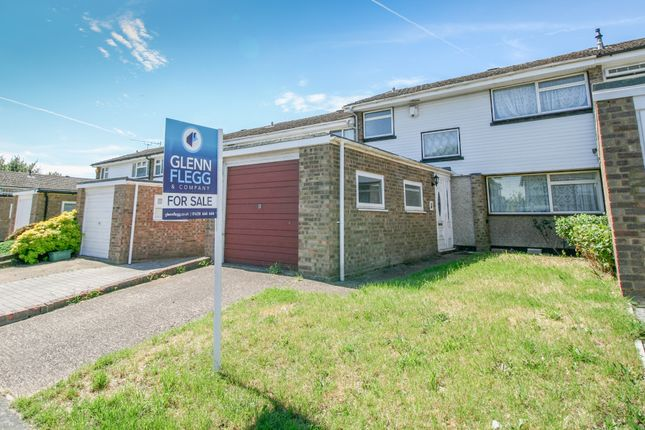 Thumbnail Terraced house for sale in Minniecroft Road, Burnham, Slough