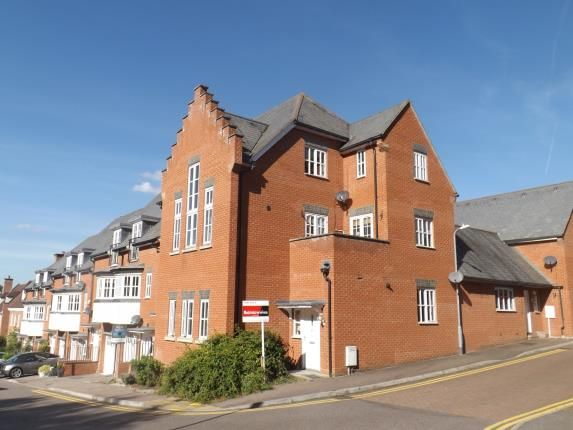 1 bed flat for sale in Warley, Brentwood, Essex