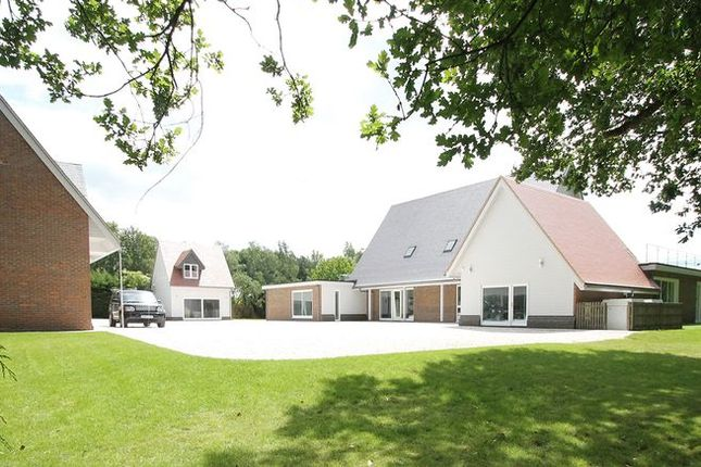 Thumbnail Detached house for sale in Oxford Road, Frilford Heath, Abingdon