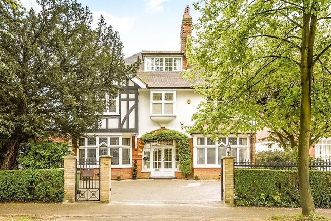 Thumbnail Detached house for sale in The Avenue, Bushey