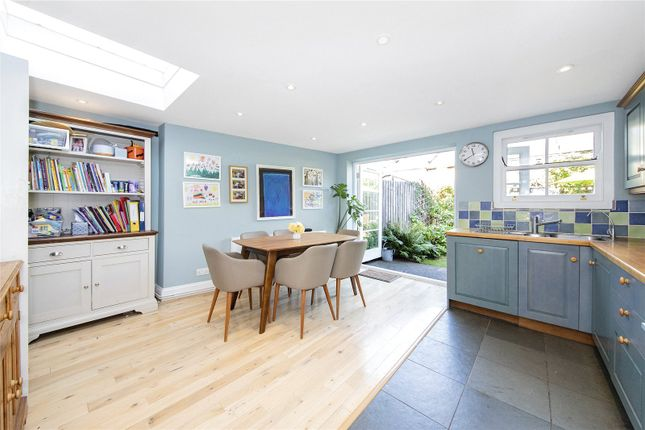 Thumbnail Terraced house for sale in Taunton Road, Lee