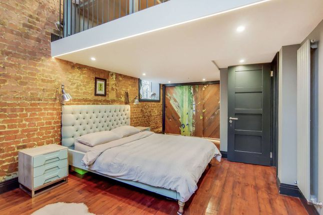 Thumbnail Flat for sale in Schoolbell Mews, Bow, London