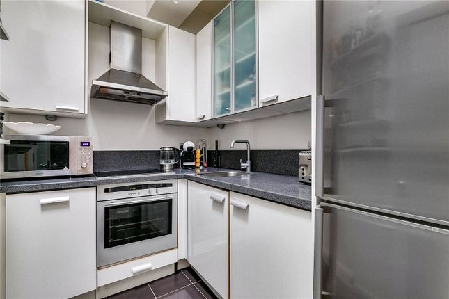 Kitchen of Hollywood Road, Chelsea, London SW10