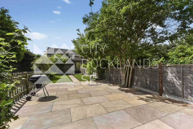 Thumbnail Town house to rent in Lower Road, Surrey Quays, London