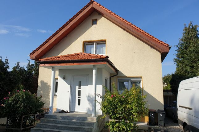 Thumbnail Detached house for sale in Rudow, Berlin, Brandenburg And Berlin, Germany