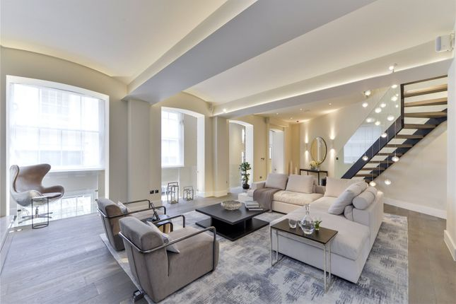 Thumbnail Property to rent in Lyall Mews West, Belgravia, London