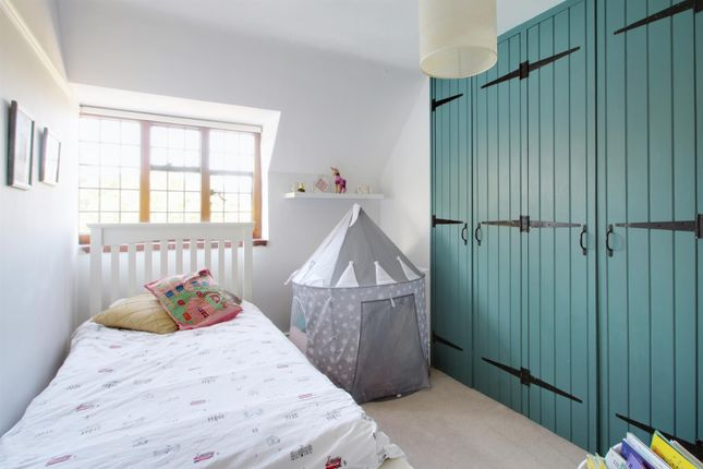 Bedroom 2 of Red Lane, Oxted RH8