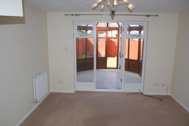 Thumbnail Terraced house to rent in Mead Close, Cullompton, Devon