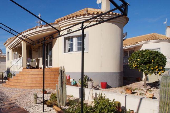 5 bed villa for sale in La Marina Valencia, La Marina, Valencia