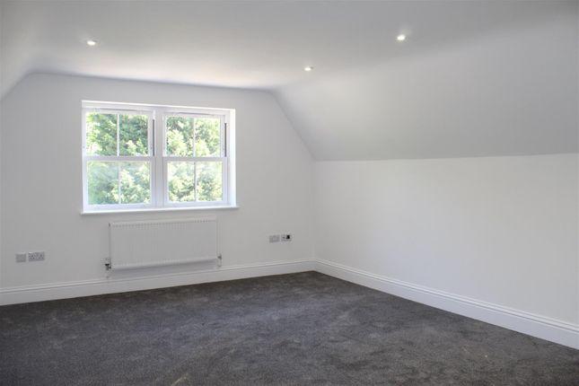 Living Room of Station Road, Edenbridge TN8