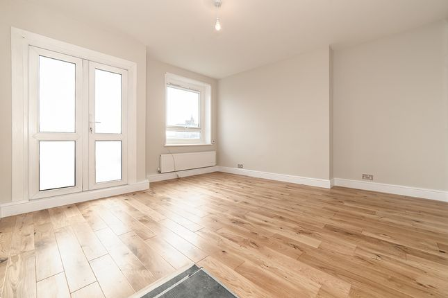 Thumbnail Flat to rent in Tulse Hill, London