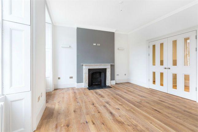 2 bed flat to rent in 30 Borough High Street, London Bridge, London