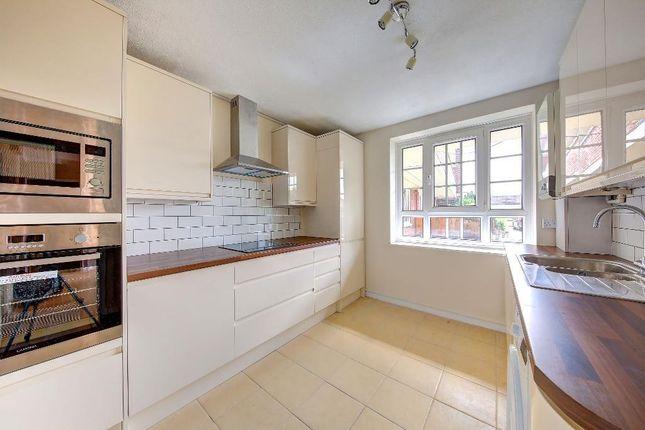 Thumbnail Flat to rent in Meretune Court, Martin Way, Morden