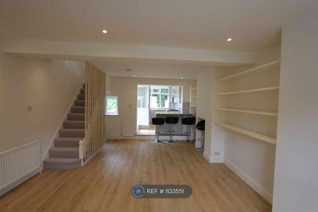 3 bed terraced house to rent in Colomb Street, London SE10