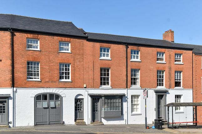 Thumbnail Town house for sale in Saltisford, Warwick