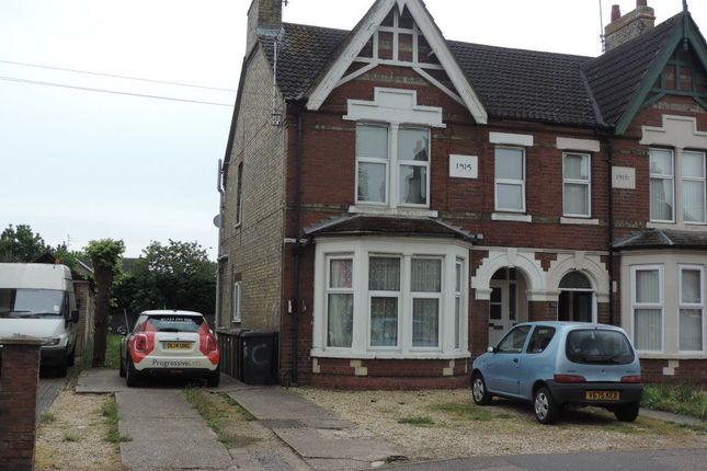 Thumbnail Flat to rent in Eastfield Road, Peterborough