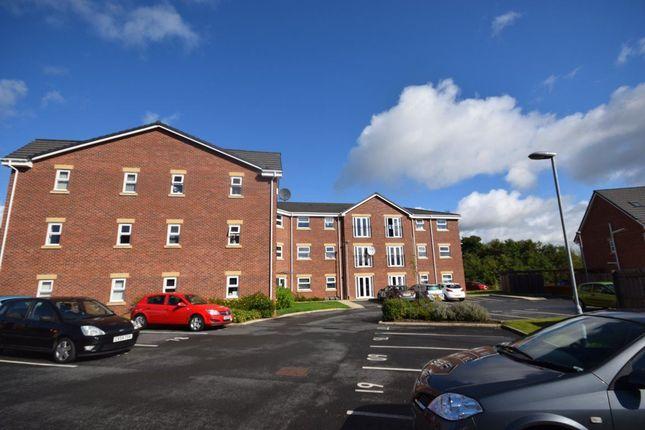 Thumbnail Flat to rent in Hirwaun, Wrexham