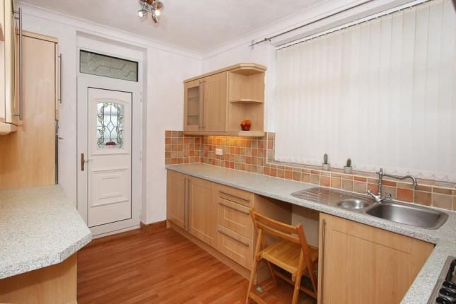 Picture No.05 of Manor Oaks Close, Sheffield, South Yorkshire S2