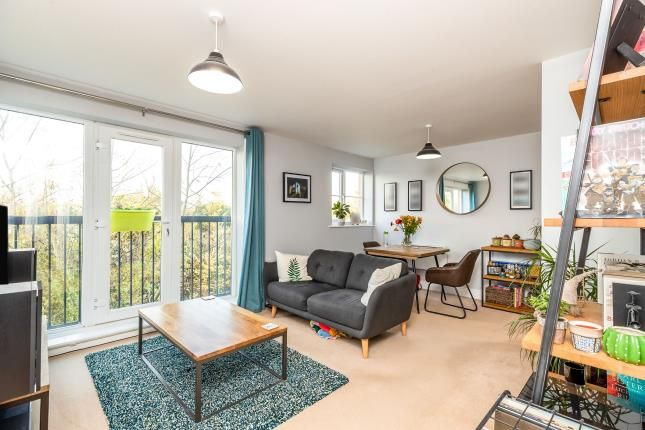 Thumbnail Flat for sale in Chandley Wharf, Warwick