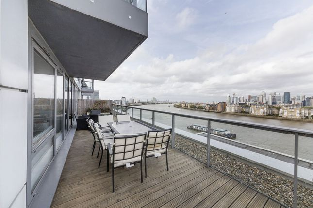 Thumbnail Flat to rent in Jubilee Court, 20 Victoria Parade, New Capital Quay, Greenwich, London