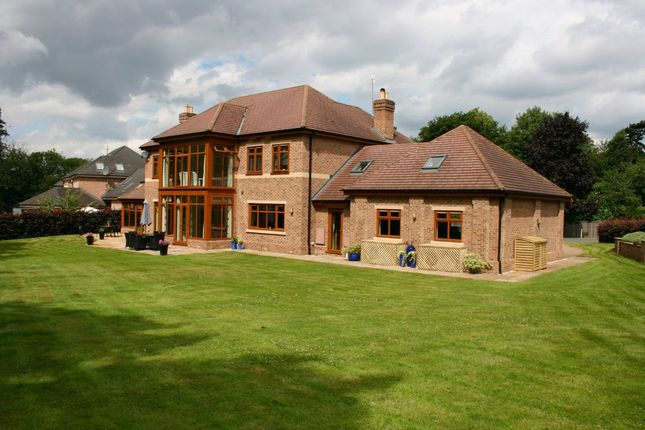 Thumbnail Detached house for sale in Woodland Chase, Gainsborough